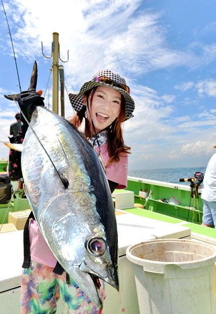 案内人 石崎理絵釣り歴10年の「釣りドル(釣りア... 案内人 石崎理絵釣り歴10年の「釣りドル