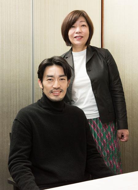 大谷亮平さん(左)と林真理子さん (撮影/写真部・小山幸佑)