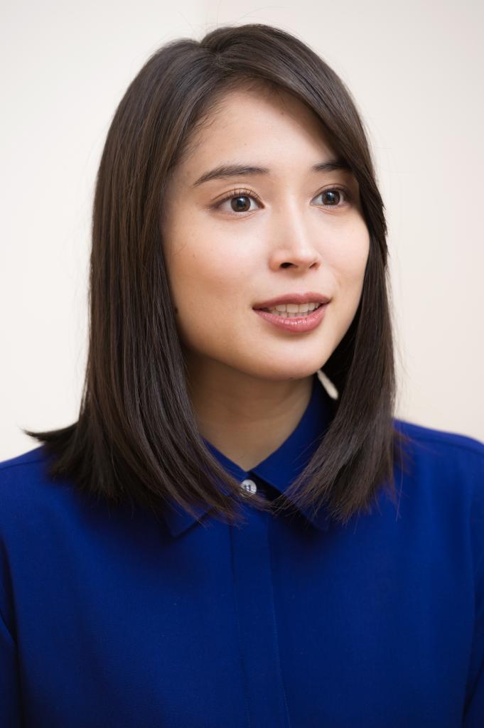 ショート ヘア 広瀬 アリス