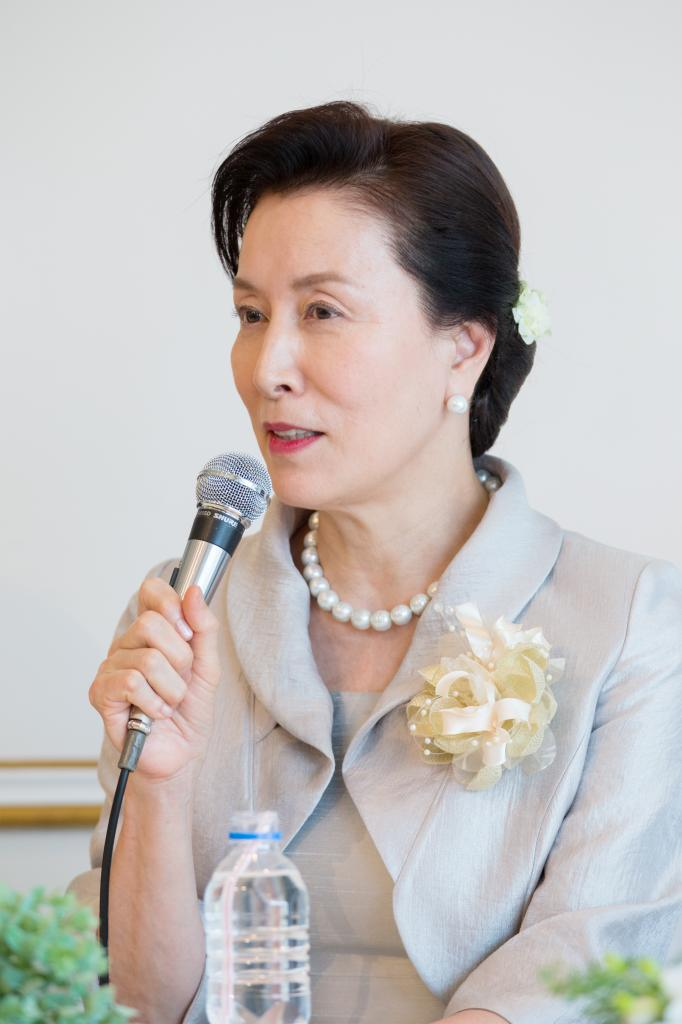 母親役の高畑淳子は、新型コロナウィルスの報道を巡って「報道の方には真実を伝えてほしいなと思っています」と、マスコミにチクリ