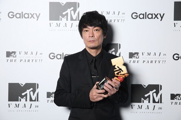 BOOM BOOM SATELLITES、最後の新譜でMTV VMAJ 2016 Best Dance Video受賞