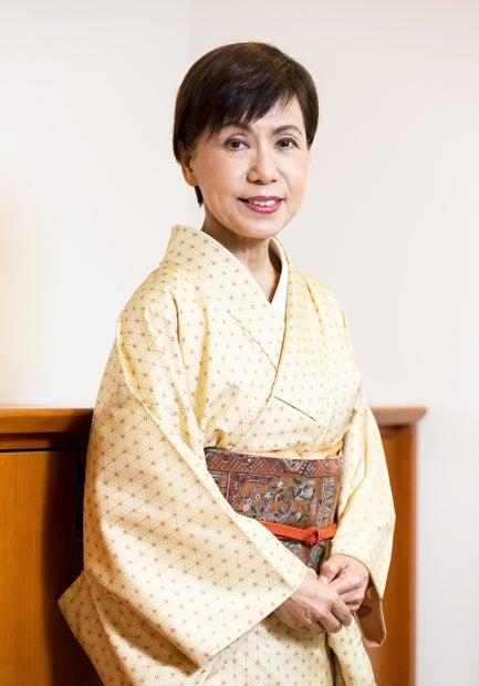 洋服が素敵な田中裕子さん