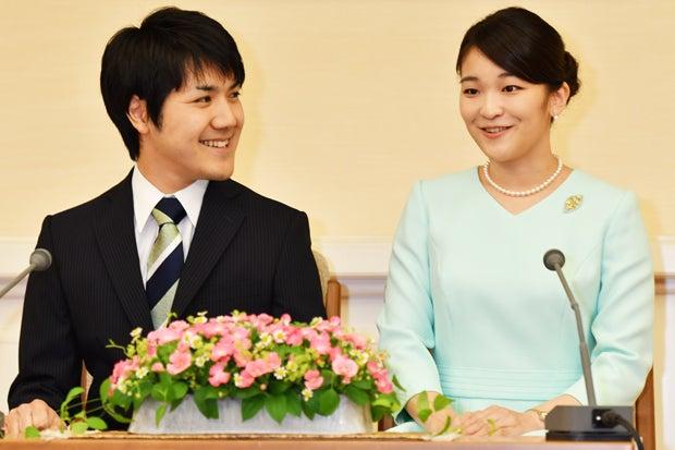 其實,昭和天皇也曾將婚期押後