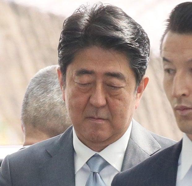 新事実発覚で政権最大の危機を迎えた安倍首相(c)朝日新聞社