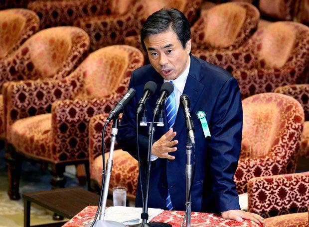 経済産業審議官の柳瀬氏。経産省OBの多くは「優等生タイプで、どちらかと言えば大蔵省タイプ」と評した (c)朝日新聞社