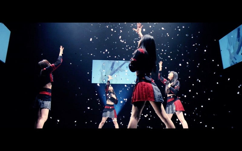 PassCode、世界的人気スマホゲームとのコラボMV「Taking you out」公開