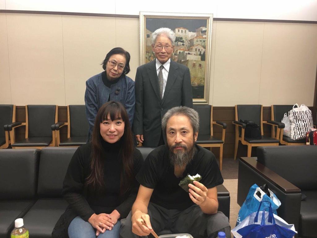 妻、深結さんが公開した成田空港での安田純平さんの