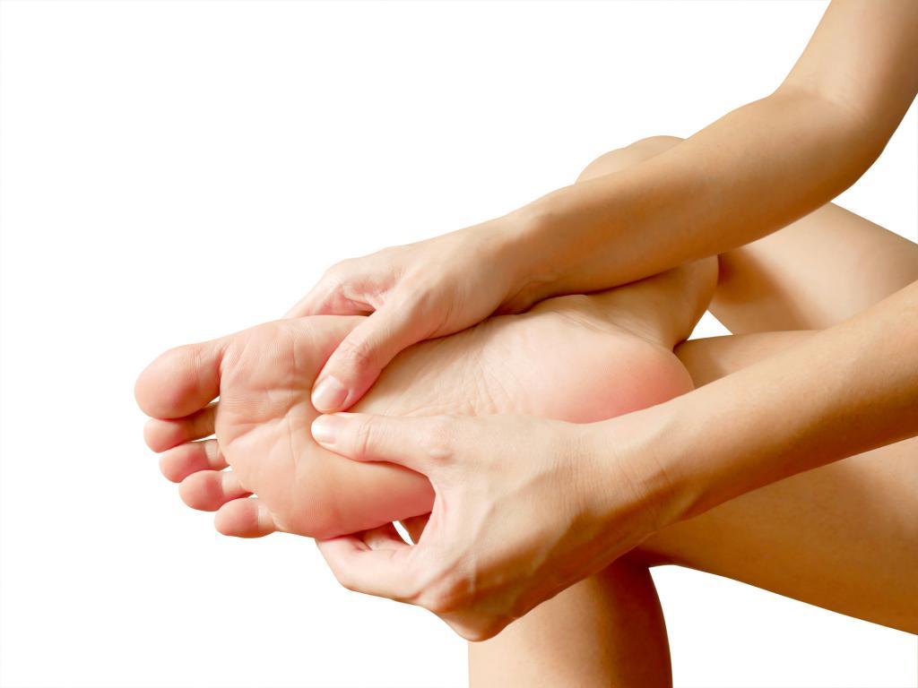 足の裏にできるタコ、うおのめ、イボ 皮膚科医が解説するその