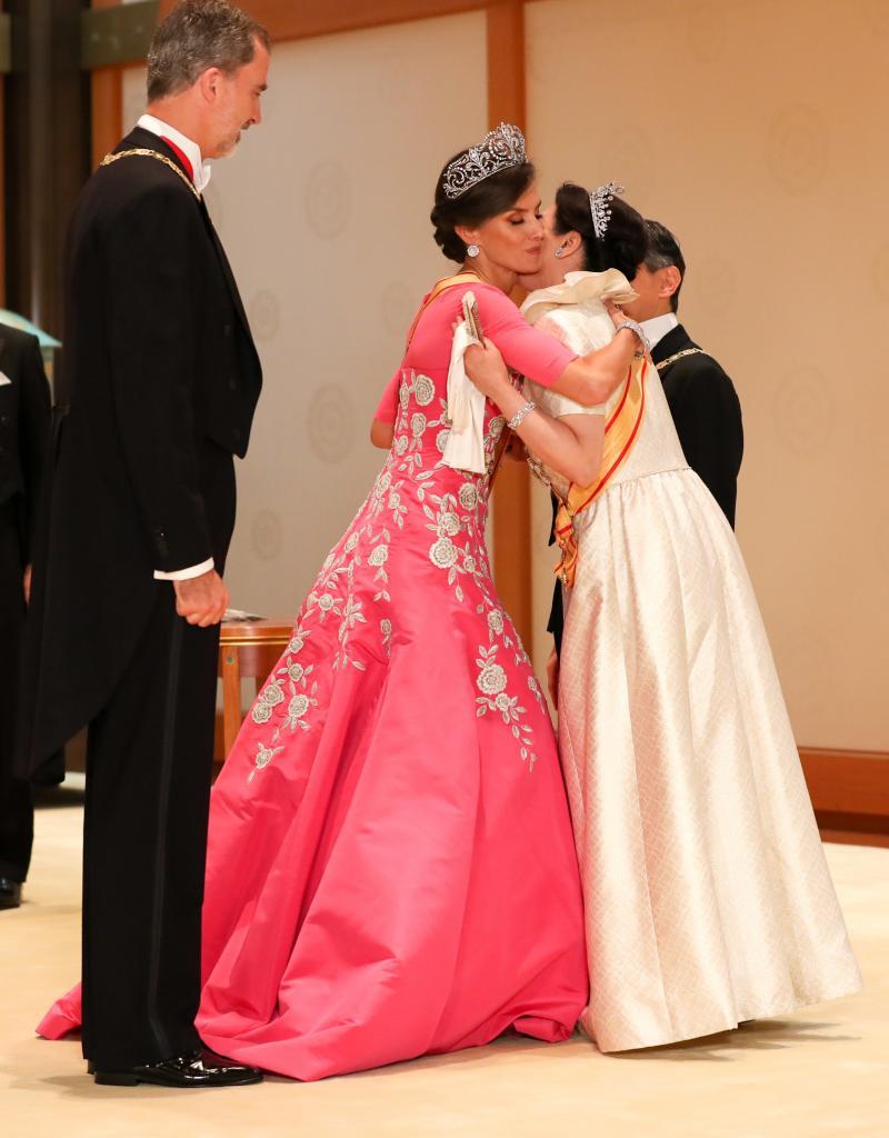 国民祭典で涙した雅子さま 母譲りの洗練されたファッション