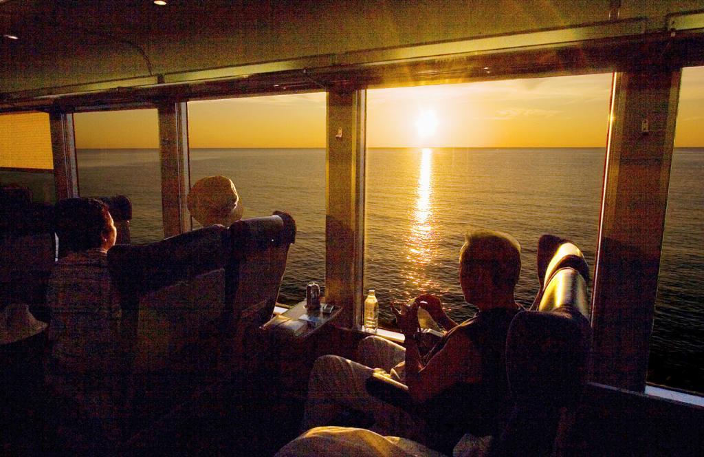 「リゾートしらかみ」など、地域性を生かす観光列車が続々誕生している(C)朝日新聞社