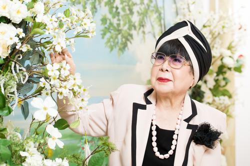 桂由美(かつら・ゆみ)/東京都生まれ。共立女子大学卒業後、パリに留学。1965年、日本初のブライダルファッションデザイナーとして活動を開始。99年に東洋人として初めて、イタリアファッション協会正会員に。2003年からは毎年、パリでコレクションを開いている。世界30カ国以上でショーを行い、「ブライダルの伝道師」と呼ばれる。 (撮影/写真部・掛祥葉子)