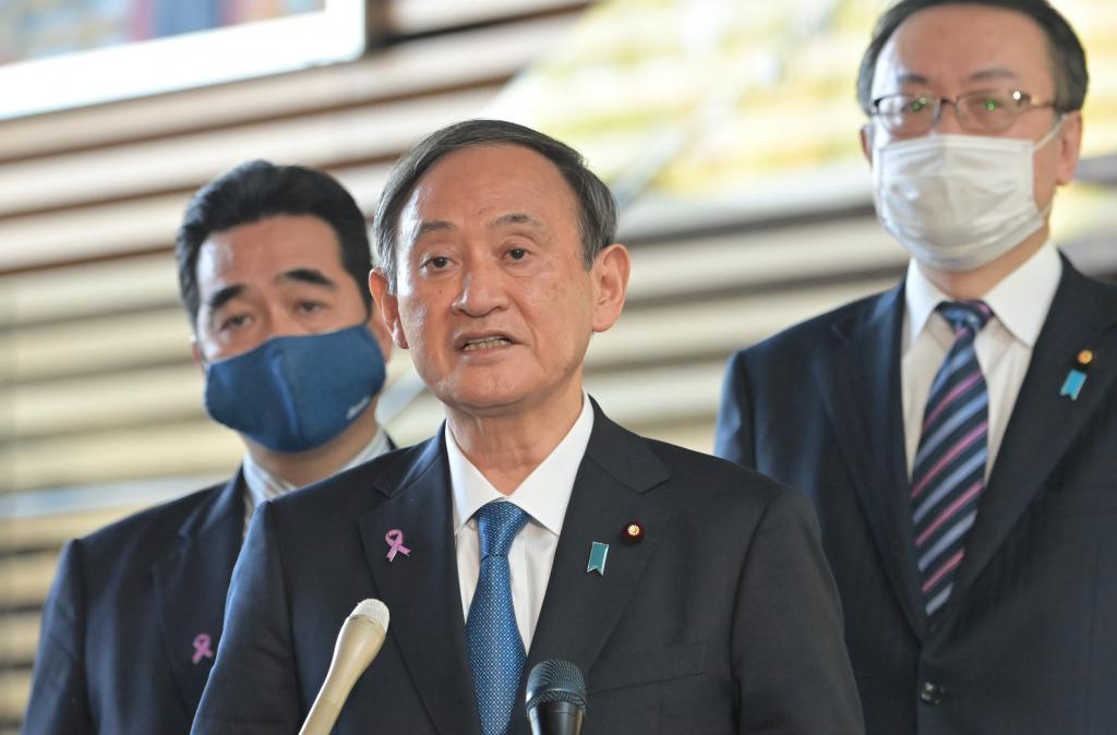 トーマス・バッハIOC会長との会談後、質問に答える菅義偉首相(c)朝日新聞社